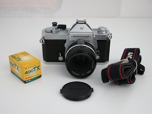 Mint Nikkormat FT2 working Meter 35mm Nikon SLR Film Camera