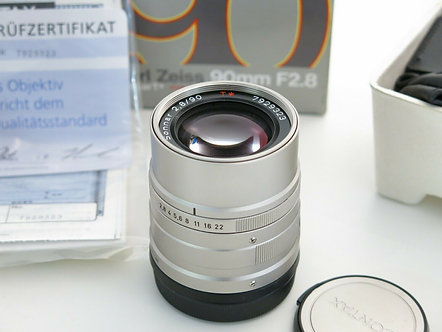 Contax G 90mm 2.8 AF Carl Zeiss Biogon T* Lens Boxed