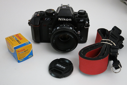 Nikon N2020 Auto Focus 35mm film camera with AF Nikkor 50mm 1.8 Lens
