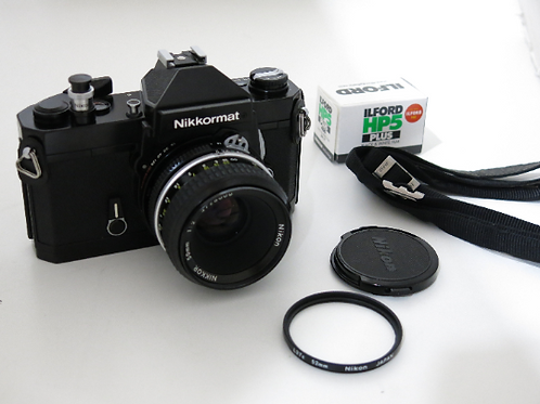Mint Black Nikkormat FT2 working Meter 35mm SLR Film Camera + Nikkor 50mm Lens