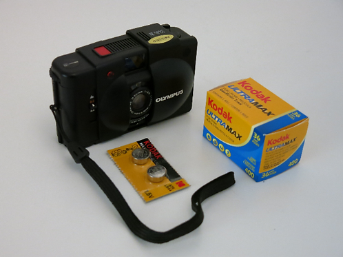 Like new Olympus XA-2 Compact Film Camera + New Light Seals