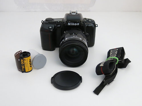 Nikon F-601 AF 35mm film camera with Nikkor 28-85 1:3.5-4.5