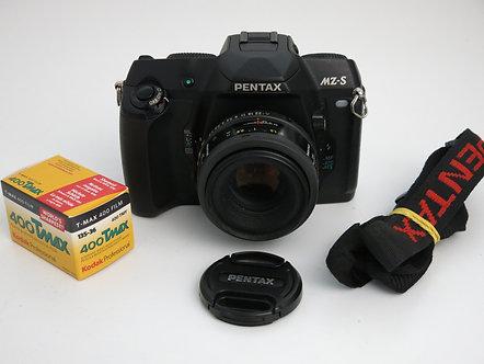 Pentax MZ-S S.L.R 35mm professional film camera + 50mm 1:1.7 Pentax-F autofocus