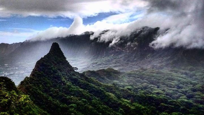 Hawaiian Hills