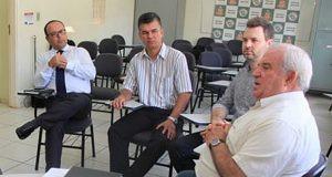 Bancada do PSDB na Câmara pede salário base de R$ 1.268,89 para servidor municipal de Araraquara