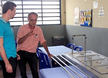 Vereador confere instalações de unidade do Lar Escola Redenção