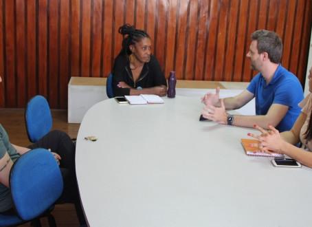 Vereador discute situação de oficinas culturais