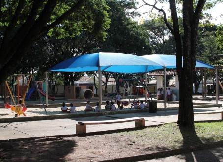 Vereador verifica demandas em CER no Iguatemi