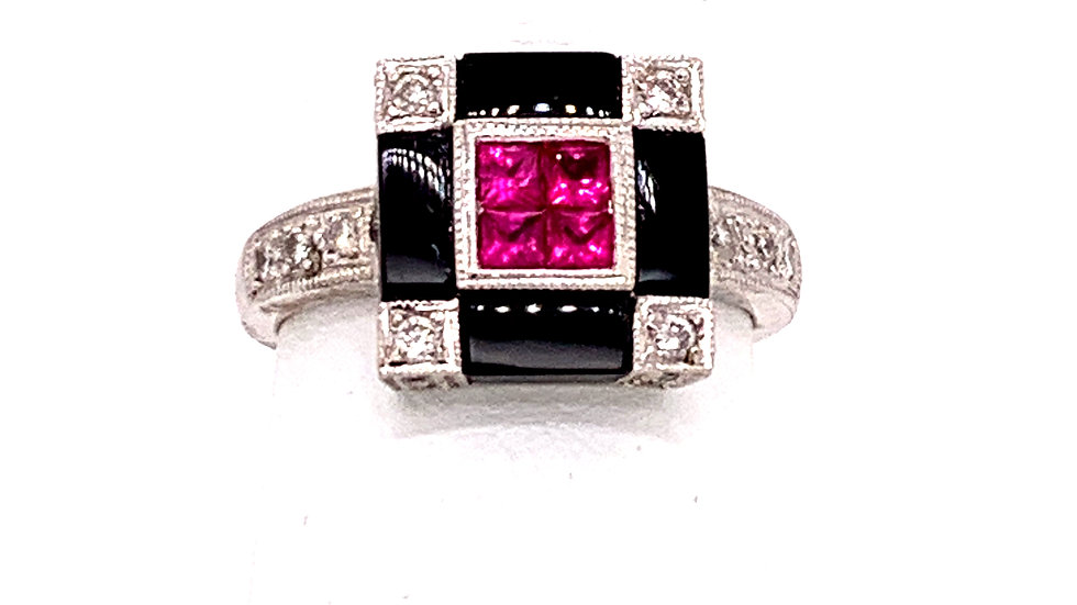 14K Yellow Gold Diamond, Ruby, and Onyx Ring