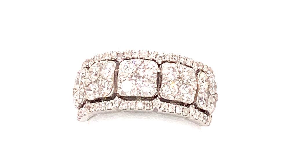 18K White Gold Diamond Cluster Ring