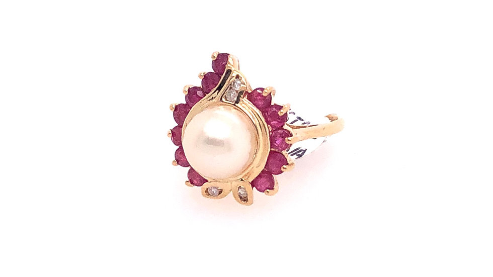 14K Diamond, Ruby, and Cultured Pearl Ring