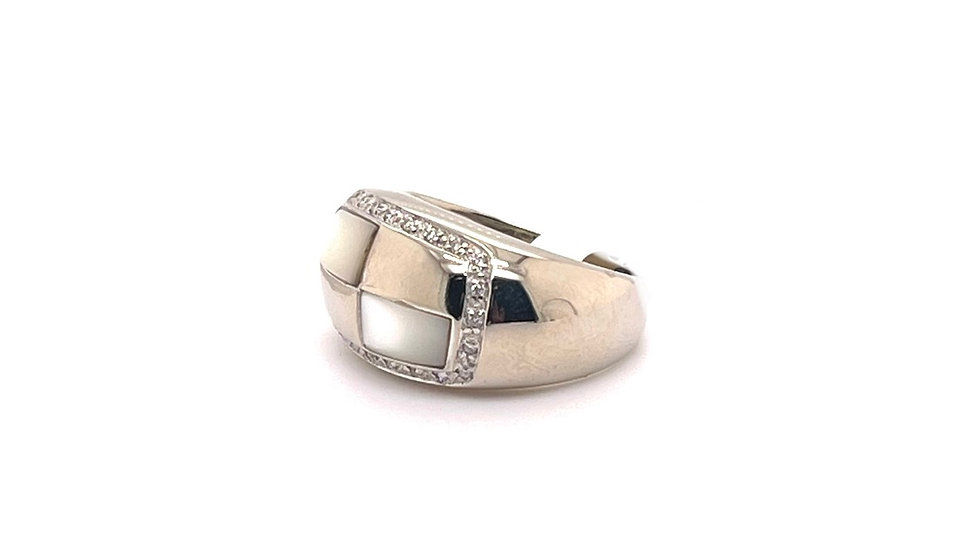 14K Mother of Pearl and Diamond Ring