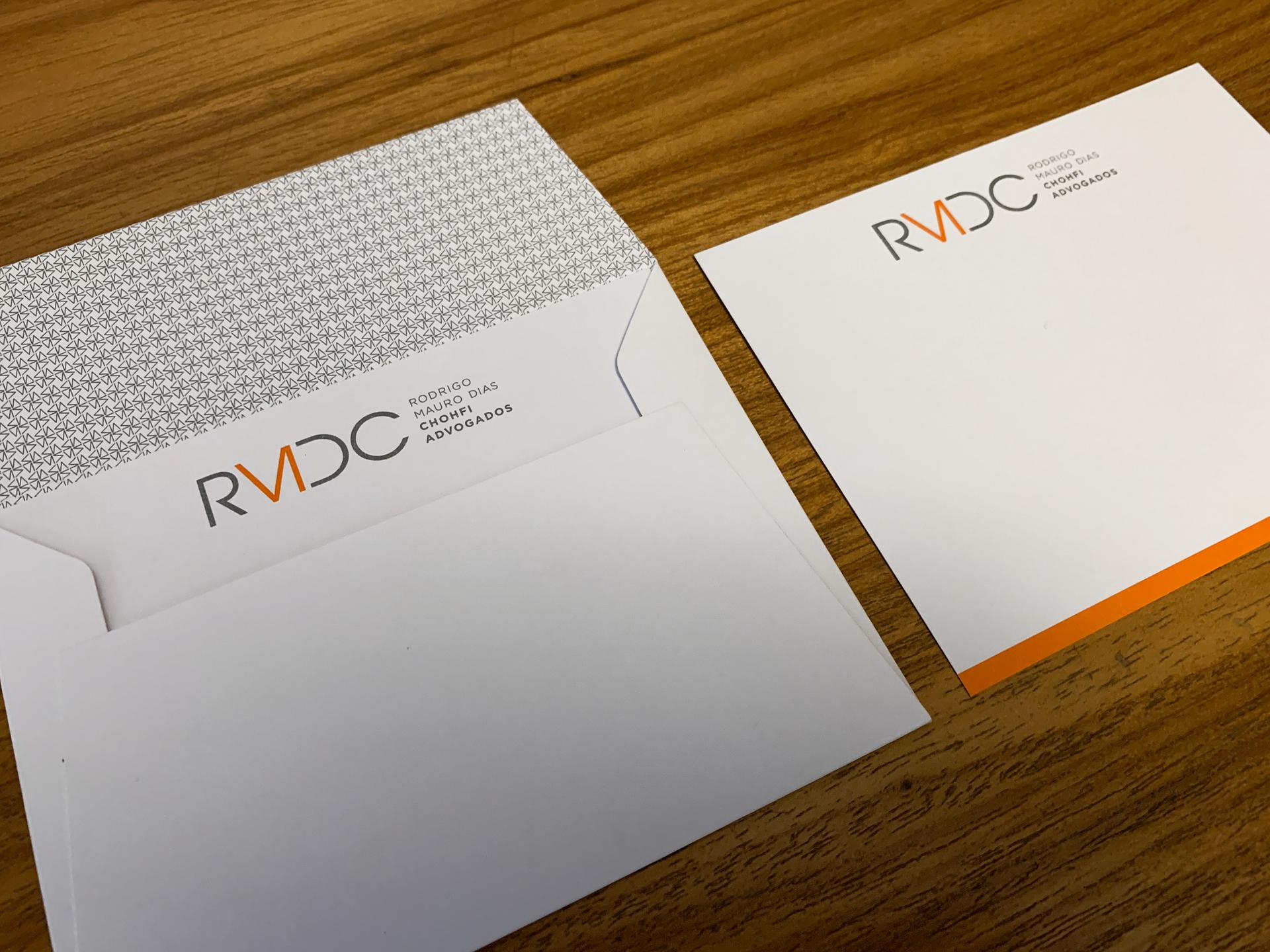 Cartão compliment com envelope