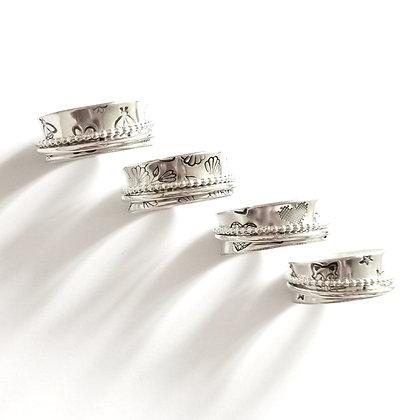 Set design spinner ring