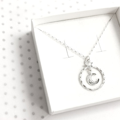 Moon wreath necklace