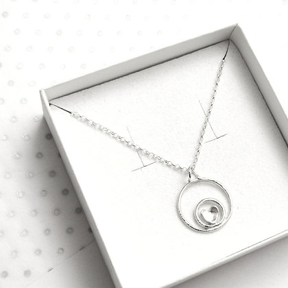 Circles heart necklace