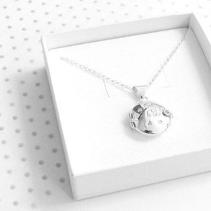 Hinge locket necklace