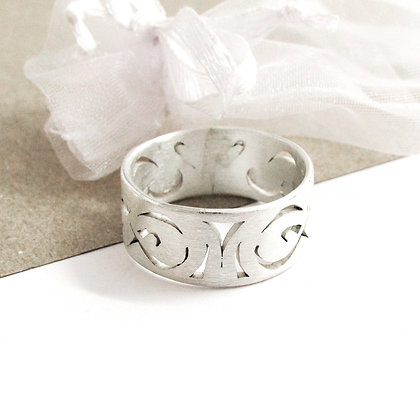 Pattern cut out ring