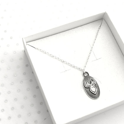 3d stag oval necklace