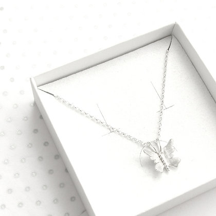 Small 3d butterfly necklace