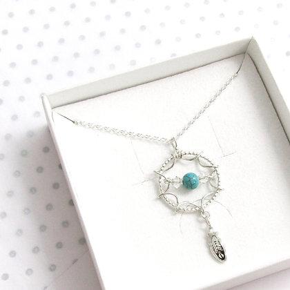 Turquoise bead dreamcatcher necklace