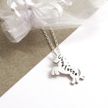Charlotte unicorn necklace