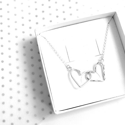 Entwined heart necklace - Twirl