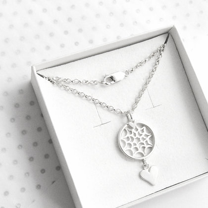 Love heart dreamcatcher necklace