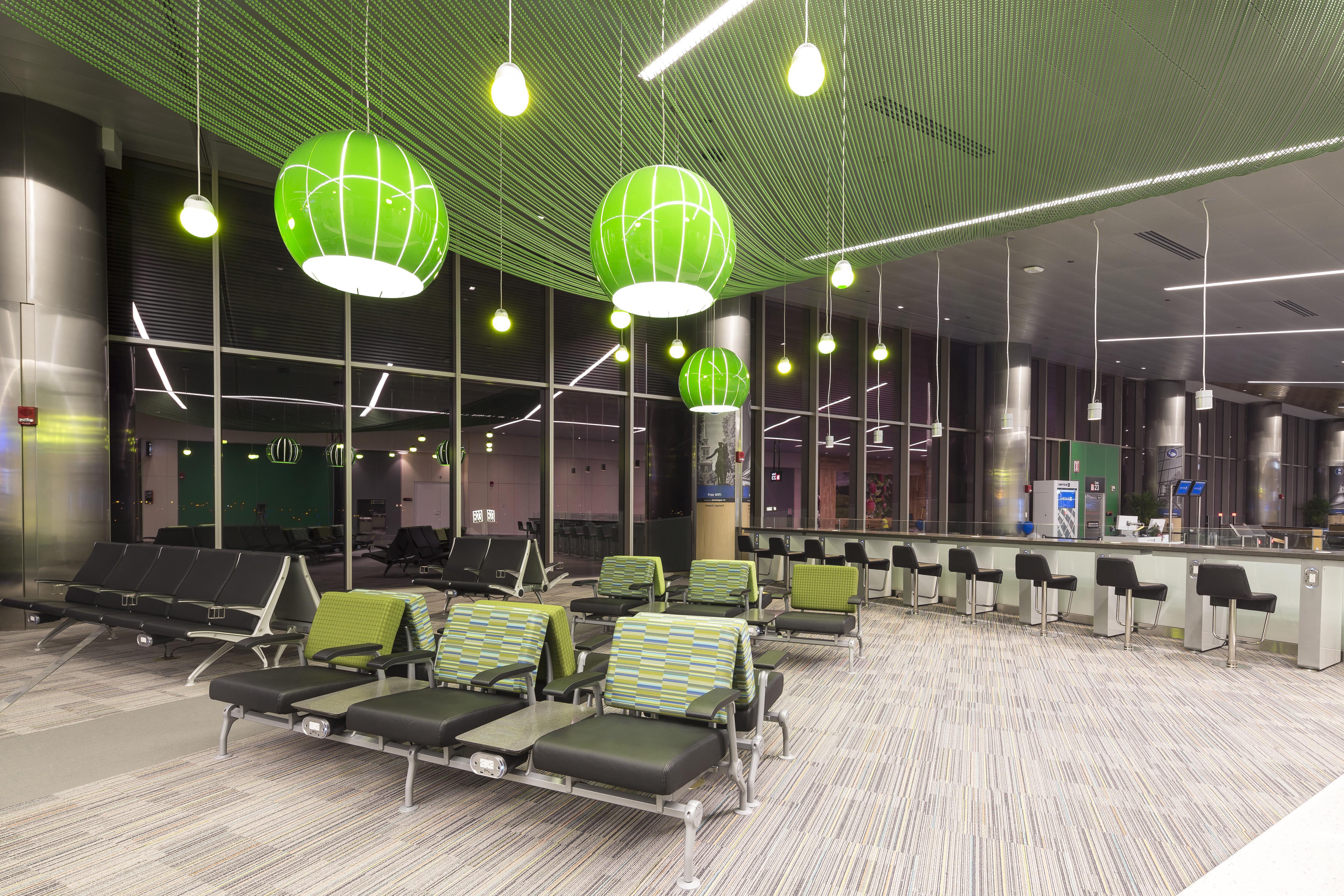 Logan_Airport_Terminal_B-2