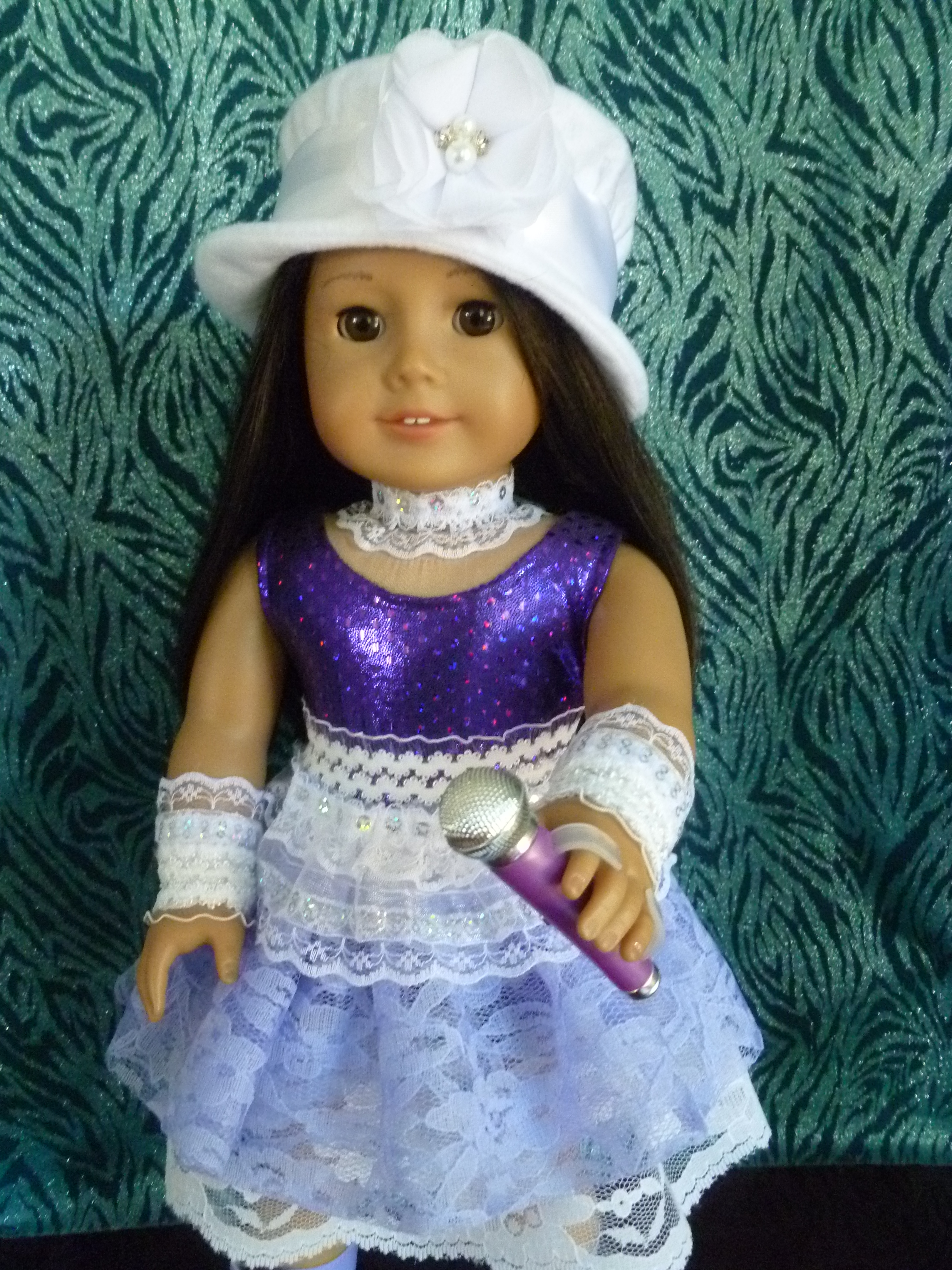 Lavender Lace Pop Singer