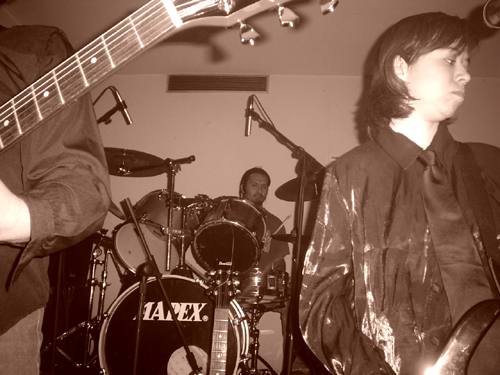 M.a.n.i.k.i - Ciclo NON 2005