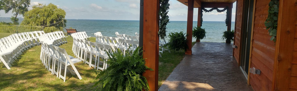 The Beach Pavillion at Wild Waves Motel and Lakehouse