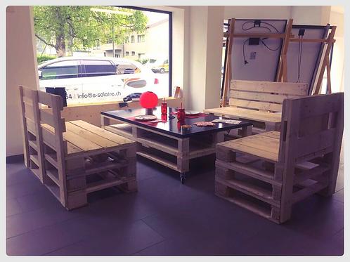 "Salon de jardin avec table solaire 290W ""plug & play"""