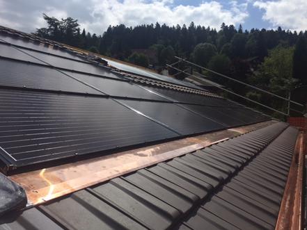 e-solaire,_installation_photovoltaïque_moldules_Aleo_intégrés_Solrif,_micro-onduleurs_Enphase,_puissance_4.80kWc.png