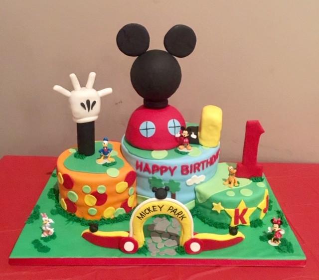 K Js Micky cake.jpg