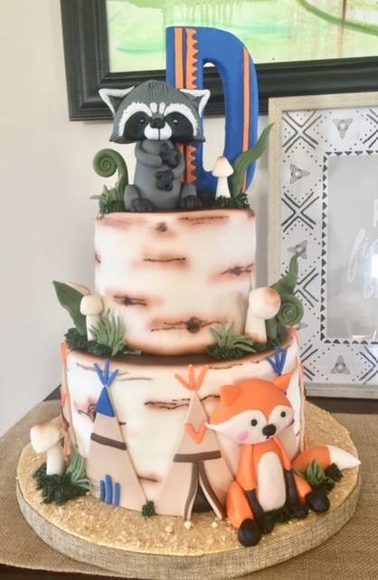 raccon cake.jpg