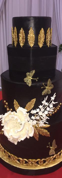black wedding cake.jpg