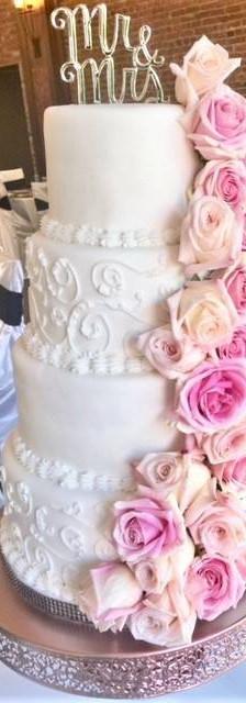 pink casscade cake.jpg