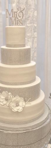white and silver wedding cake.jpg