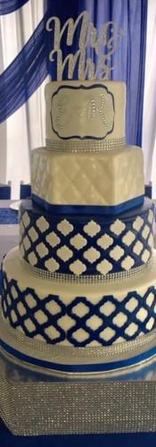 royal b cake.jpg