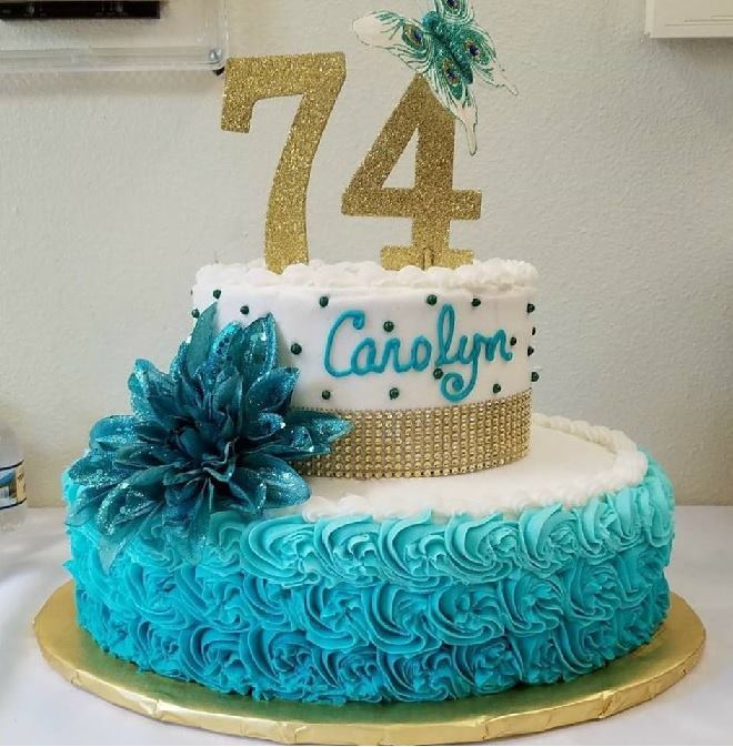 carolyns cake.jpg