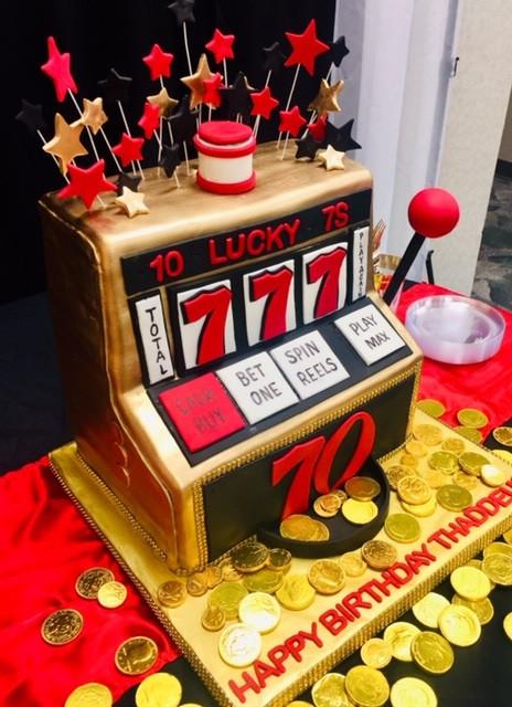 Slot Machine cake side.jpg