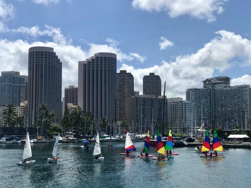 Waikiki Yacht Club Keiki Sailing School