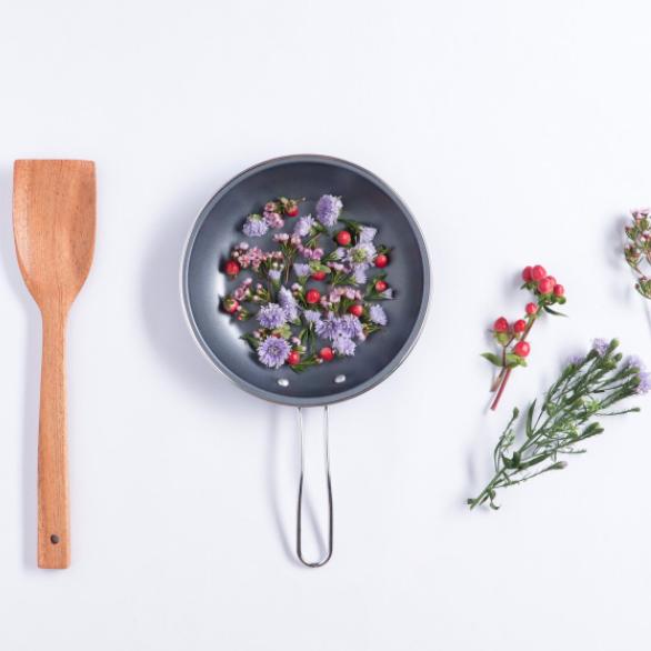 NUTRITION ET FLEURS DE BACH, les alliées de votre bien-être émotionnel