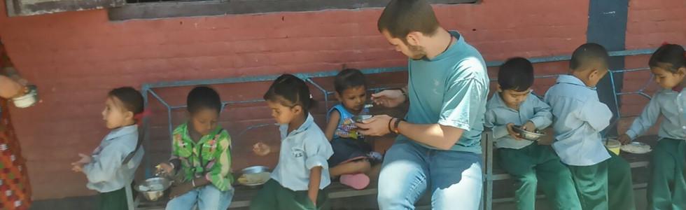Teach in Nepal