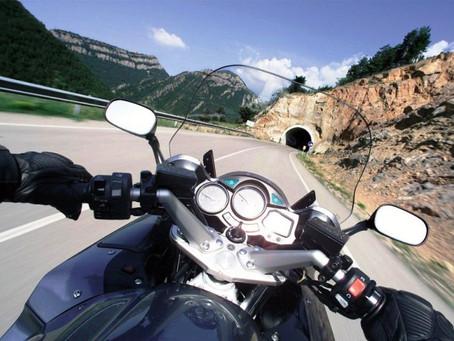 Bateria de moto: saiba escolher a melhor opção.