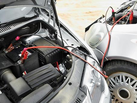 O que fazer quando seu carro está com a bateria descarregada.