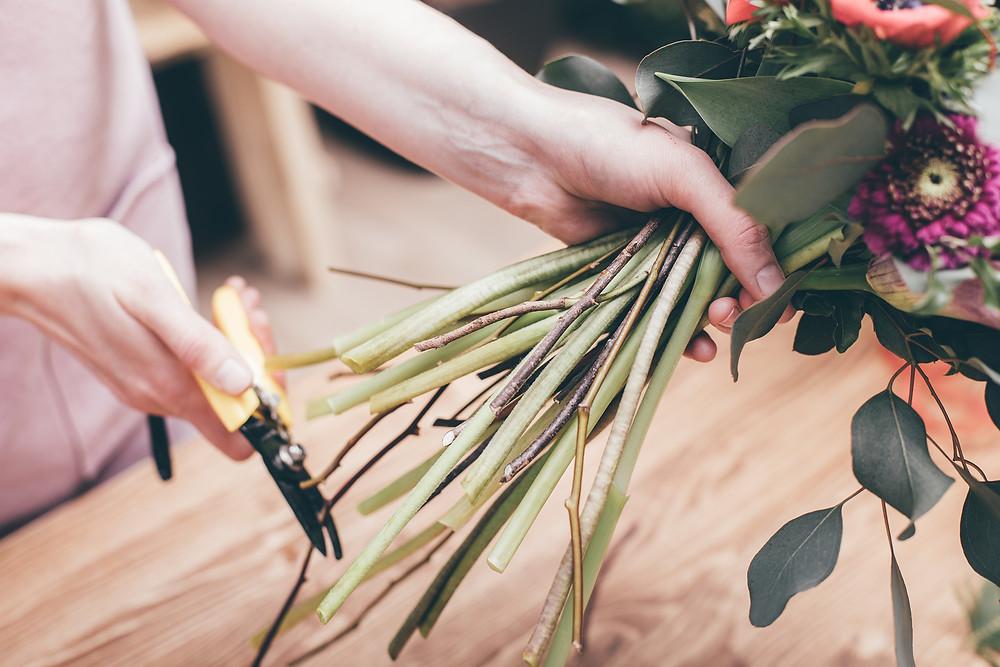 bouquet mazzo fiori freschi fai da te consegna domicilio spedizione gratis milano fiorista come far durare i fiori recisi regalo