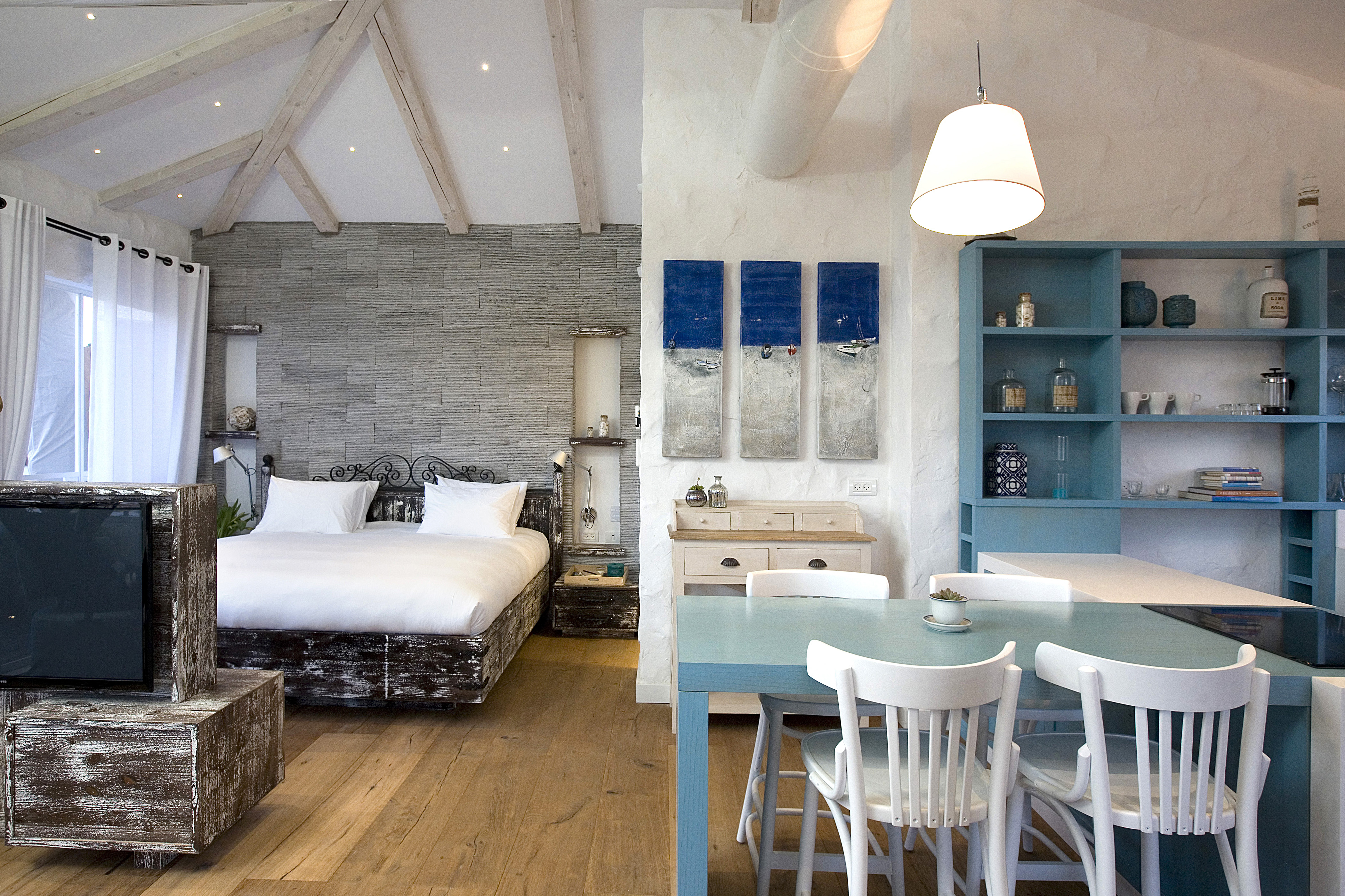 A room at Boutique Neve Tzedek