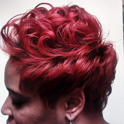 High-Lift Red and Style on Short Natural